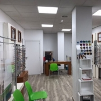 thumb_interior-optica-los-rosales